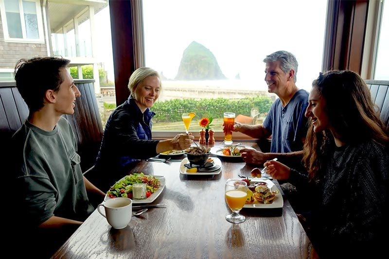 Wayfarer Restaurant, Oceanfront dining in Cannon Beach, Oregon